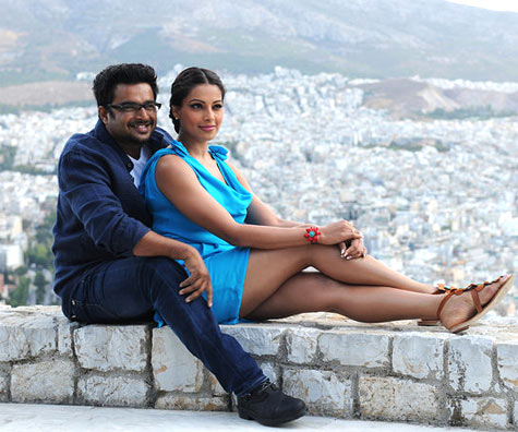 Bipasha Basu with R Madhavan in Jodi Breakers