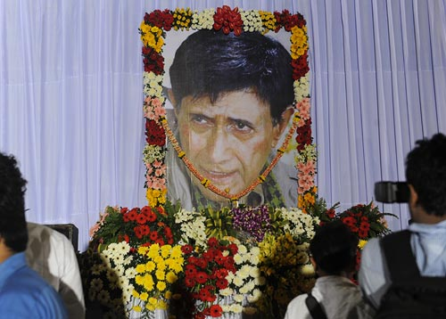Dev Anand's condolence meet at Mehboob studio, Bandra