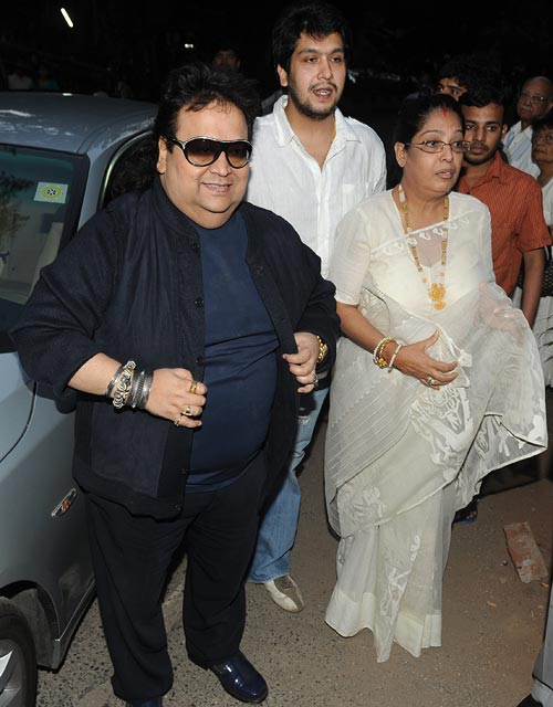 Bappi Lahiri, wife Chitrani and son Bappa