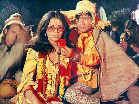 Dev Anand and Zeenat Aman in Hare Rama Hare Krishna