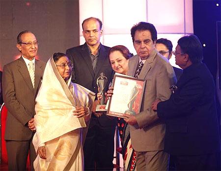 President Pratibha Patil, Ashutosh Gowariker, Saira Banu and Dilip Kumar