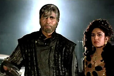 A scene from Shahenshah
