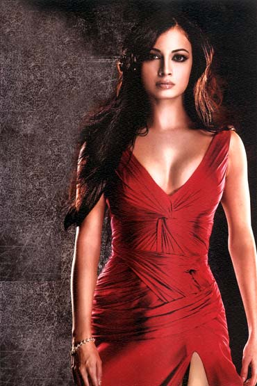 Dia Mirza, Miss India 2000 won Miss Asia-Pacific too