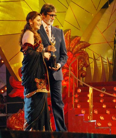 Madhuri Dixit and Amitabh Bachchan