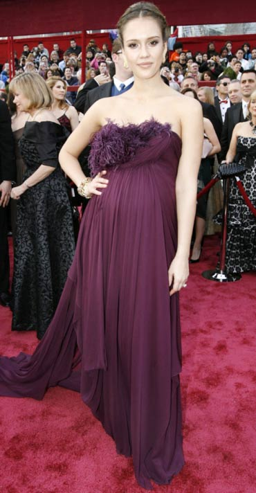 Jessica Alba arrives at the 80th annual Academy Awards