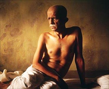 Darshan Jariwala in Gandhi, My Father