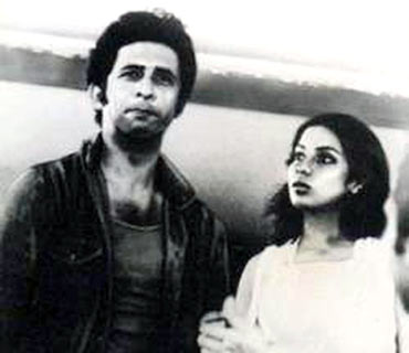 Naseer and Shabana Azmi in Albert Pinto Ko Gussa Kyon Atta Hai
