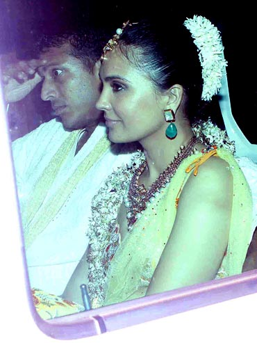 Lara Dutta and Mahesh Bhupathi arrive for the sangeet