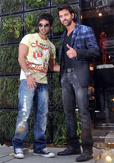 Shahid Kapoor with Hrithik Roshan