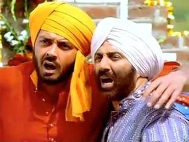 A scene from Yamla Pagla Deewana