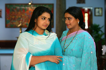 Praveena conquers Tamil TV - Rediff com Movies