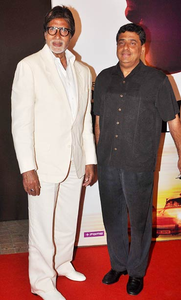 Amitabh Bachchan and Ronnie Screwvala at the premiere of No One Killed Jessica