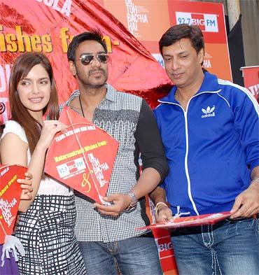 Shazahn Padmsee,  Ajay Devgn and Madhur Bhandarkar