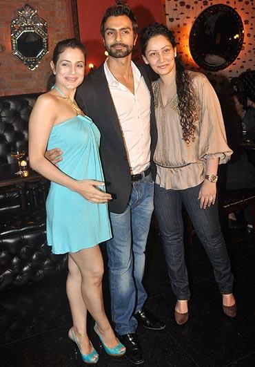 Ameesha, Ashmit Patel and Manyata Dutt