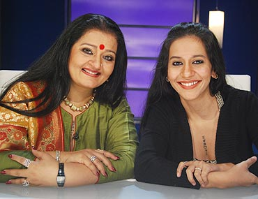 Apara Mehta with dau