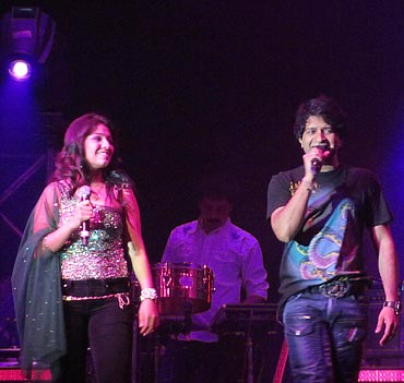 Sunidhi Chauhan and KK