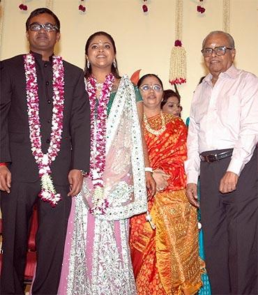Selvaraghavan, Geetnjali, K Balachander with guests