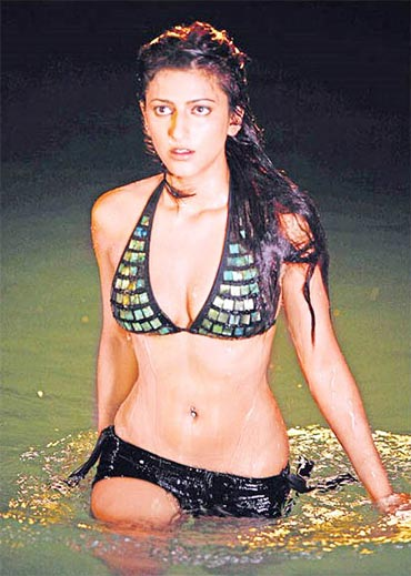 Pix When Bollywood Gals Got Pierced Rediff Com Movies