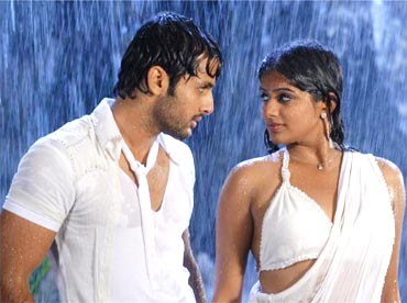Nitin Reddy and Priyamani in Drona