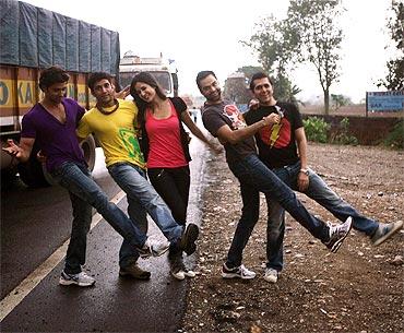 Hrithik roshan, Farhan Akhtar, Katrina Kaif, Abhay Deol and Ritesh Sidhwani