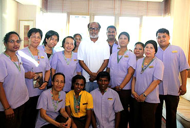 Rajnikanth with the staff of Mount Elizabeth Hospital, Singapore