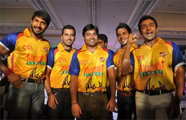 Team Members of Chennai Rhinos