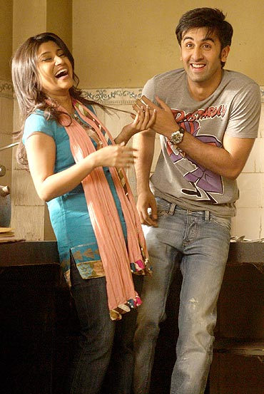 A still from Wake Up Sid