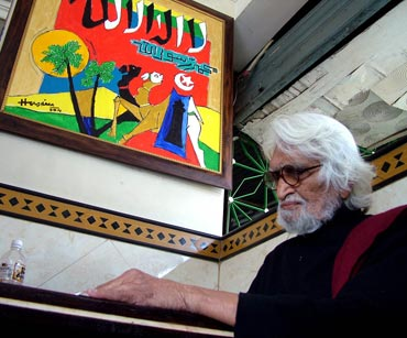 M F Husain  at a restaurant in Ahmedabad