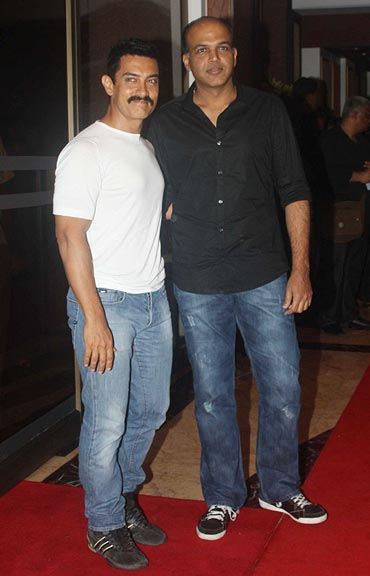 Ashutosh Gowariker with Aamir Khan