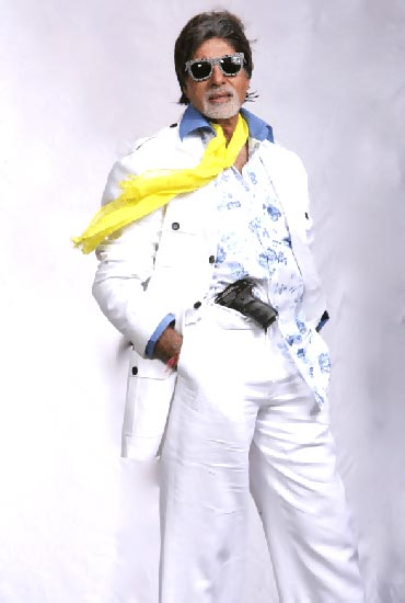 Amitabh Bachchan in Bbuddah Hoga Tera Baap