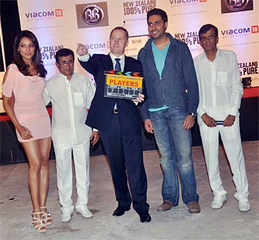 Abbas-Mustan with Prime