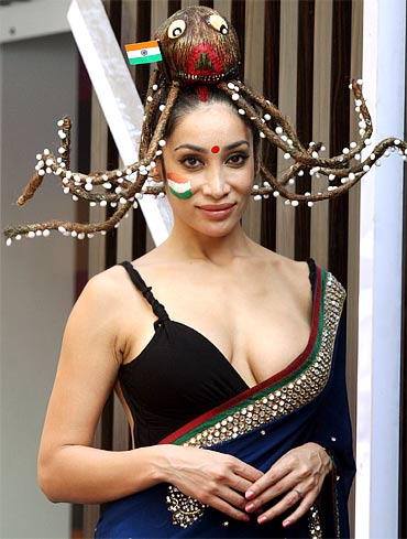 Sofia Hayat to get World Cup logo tatto