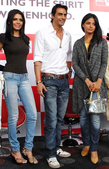 Sherlyn Chopra, Arjun Rampal and Neetu Chandra
