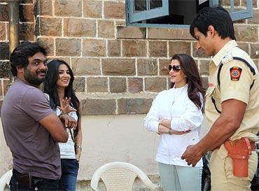 Director Puri Jagannadh, Sonal Chauhan, Aishwarya Rai Bachchan and Sonu Sood