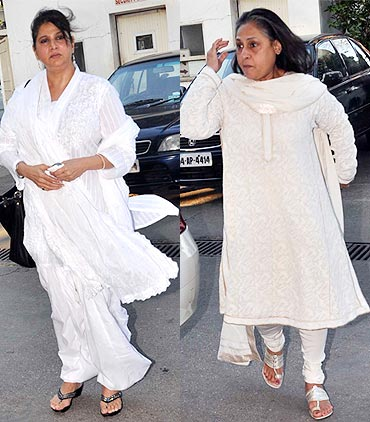 Asha Sachdev and Jaya Bachchan