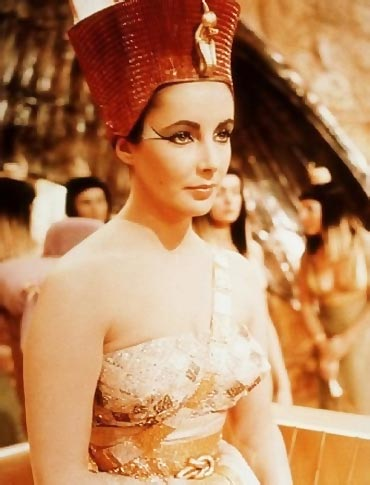 Elizabeth Taylor as Cleopatra in Cleopatra