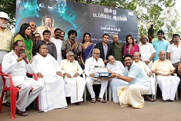 K Balachander with the film's unit