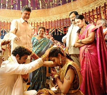 Chandra Babu Naidu with the couple