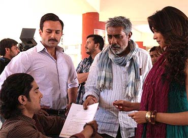 On the sets of Aarakshan