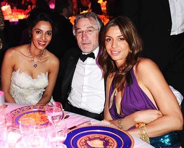 Mallika Sherawat, Rober De Niro and a guest