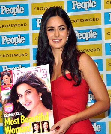 Katrina Kaif at Crossword