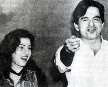 K Asif And Dilip Kumar Sister 'No photos ...