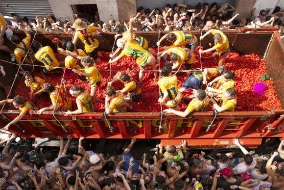 A scene from Spanish Masala