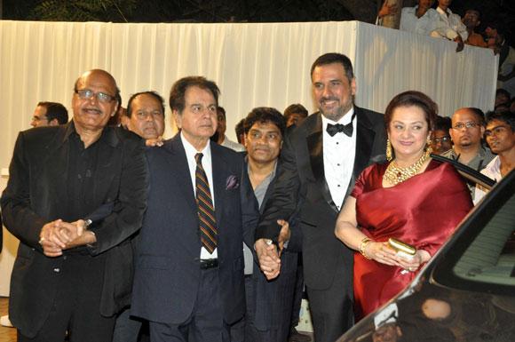 Avtar Gill, Dilip Kumar, Johnny Lever, Boman Irani and Saira Banu