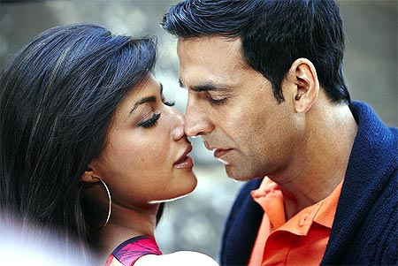 Chitrangada Singh and Akshay Kumar