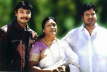 Darshan with his mother and brother Dinkar