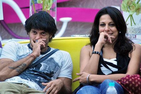 Akashdeep Saigal with Pooja Bedi