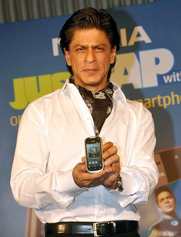 Shah Rukh Khan at the launch of Nokia phones