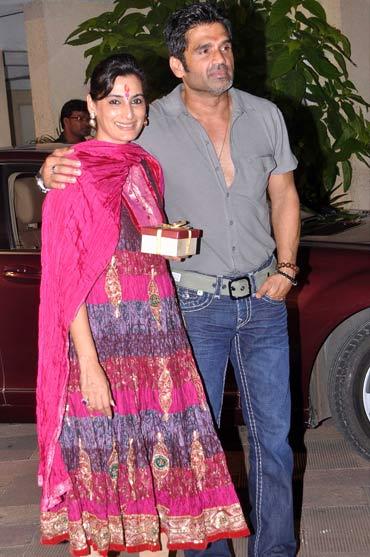 Suniel Shetty and Mana Shetty