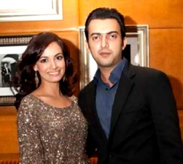 diya mirza husband photo